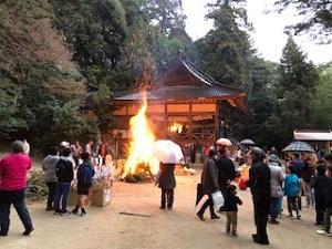 宇那木神社とんど①
